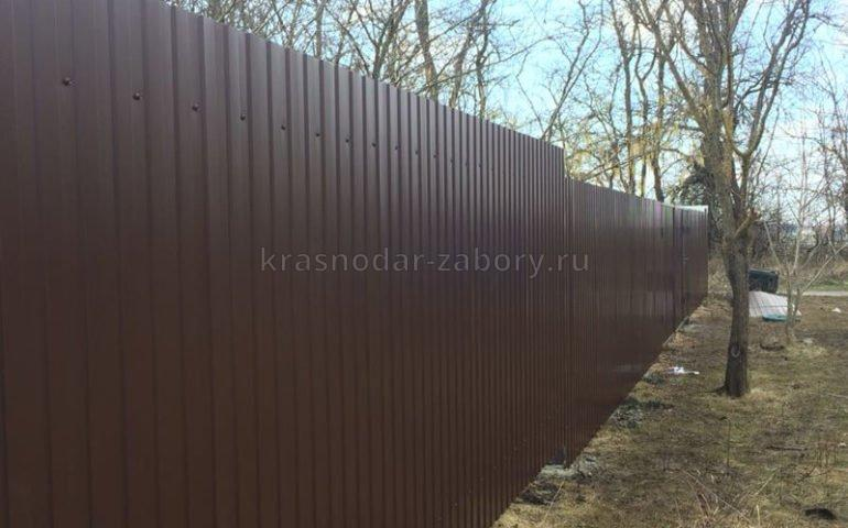 забор из профлиста в Краснодаре
